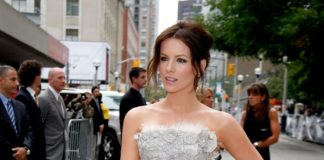 "Kate Beckinsale Looks In ""Nothing But The Truth"" Premiere at TIFF 2008"