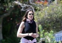 Mandy Moore – Out in Los Angeles