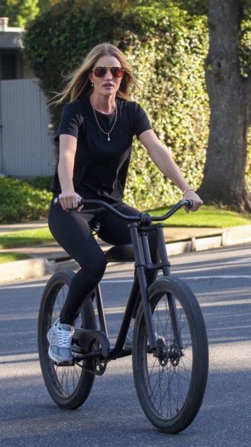 Rosie Huntington Whiteley Out Cycle Ride in Beverly Hills