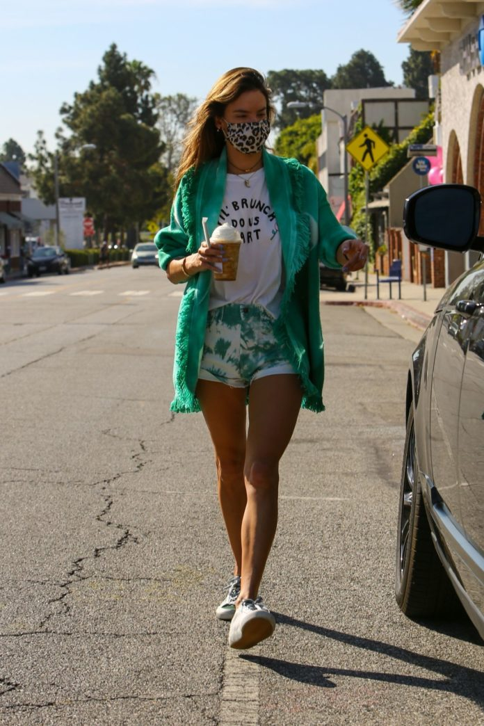 Alessandra Ambrosio Leggy in Shorts and Get Coffee in Brentwood