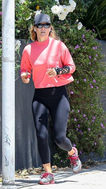 Ali Larter Were Jogging in Santa Monica