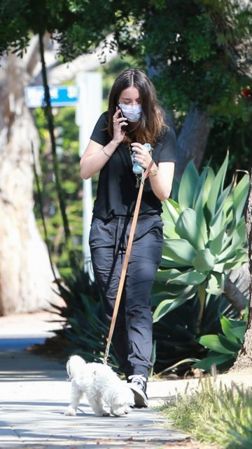 Ana De Armas in Casual Outfit And Walking With Her Dog in Venicen