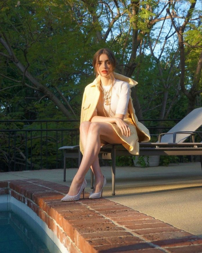 Lily Collins -4